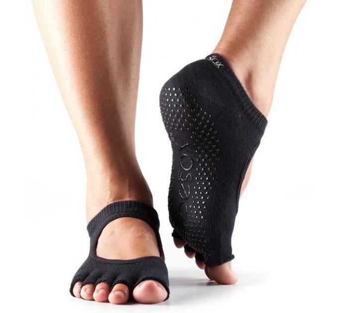 Черные нескользящие носки для йоги и танцев ToeSox Grip Half Toe Bella (Black)