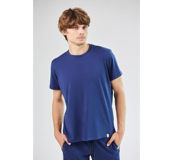 Мужская базовая футболка синем цвета Blue